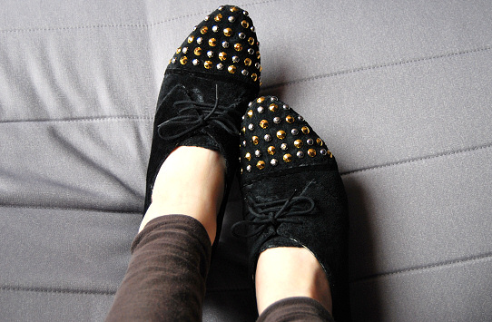 studded shoes remake tutorial diy