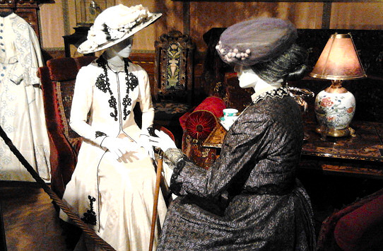 Downton Abbey Costumes Exhibiton 1
