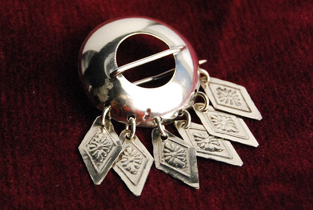 swedish norse medieval revival jewelry national folk costume historicism circle pin sterling silver