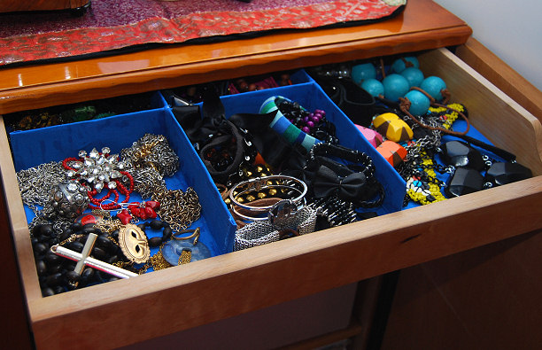 jewelry drawer compartmets container diy tutorial blog