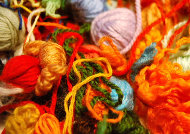 yarn scraps for diy painting