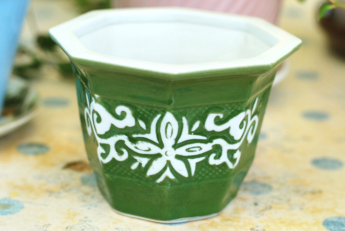 vintage green and white creamic pot