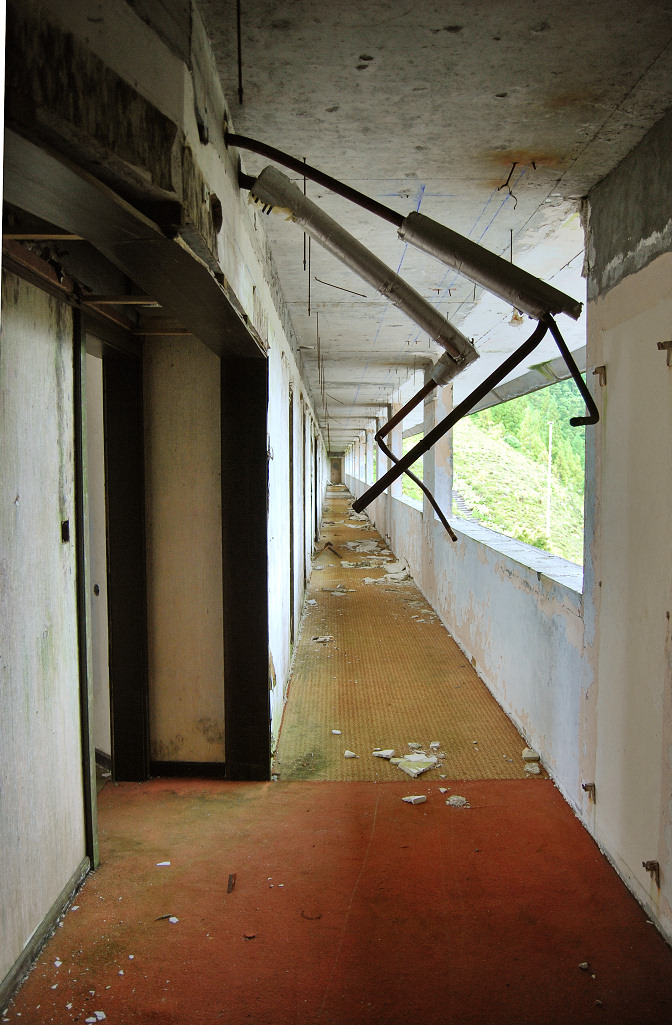 ghost hotel abandoned azores