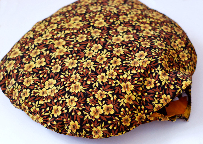 vintage fabric cushion 2