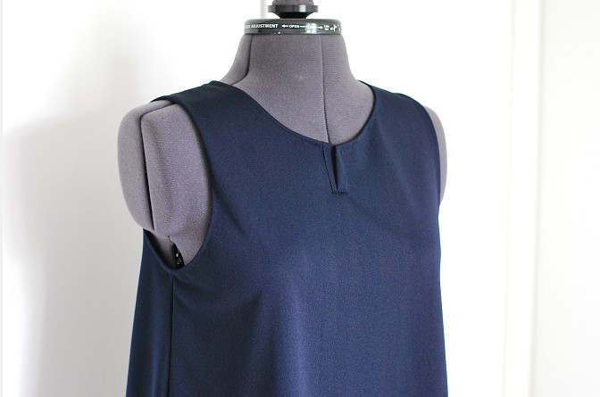 undecorated top