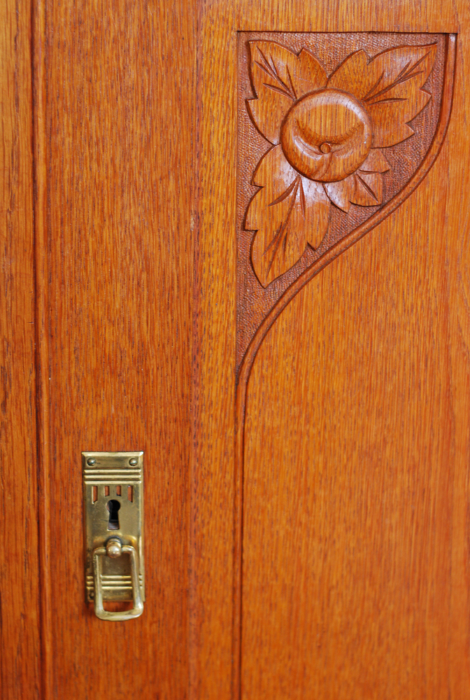 art nouveau apple brass handle detail