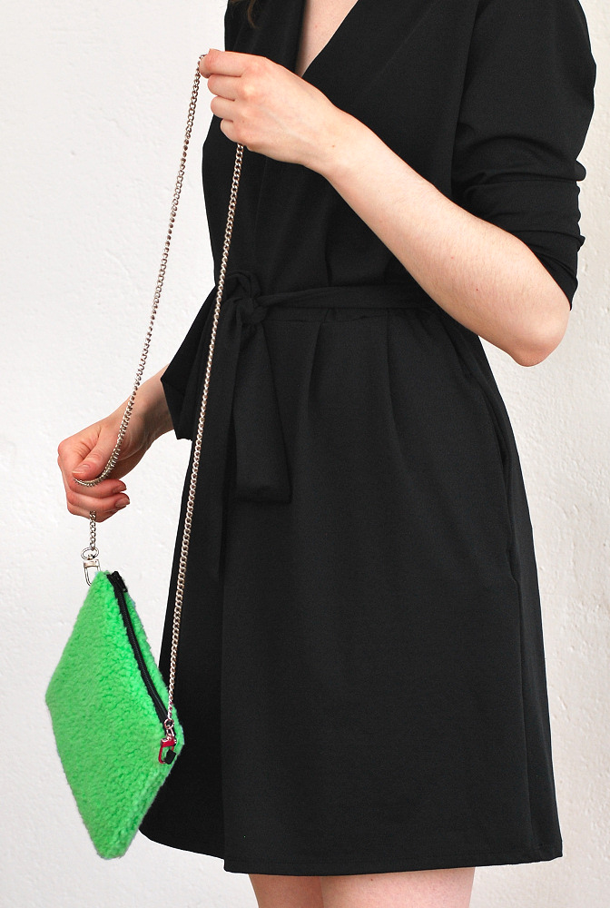 fluffy green bag diy 2