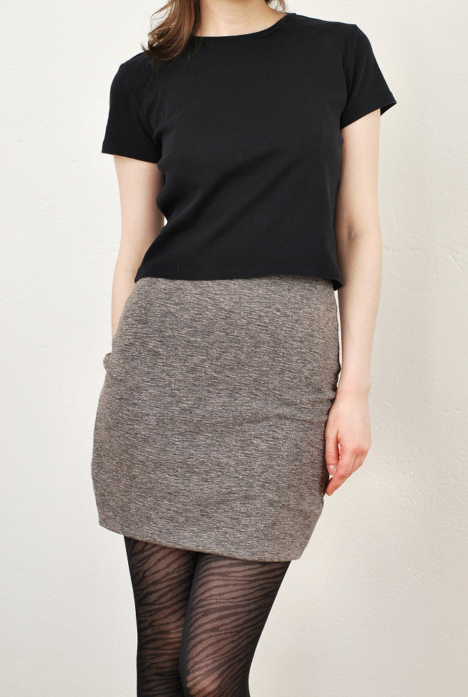 stretchy fabric mini skirt diy front